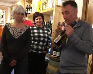 Christine, Marina et Gilles, Les Perles du Palais